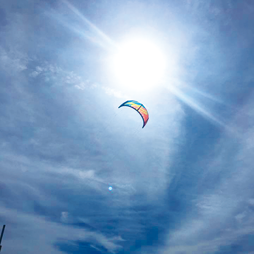030_01kite_surfing.png